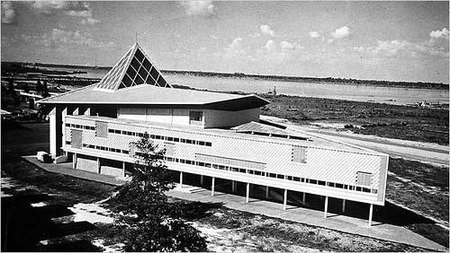Grand Théâtre Preah Bat Norodom Suramarit - Wikipedia